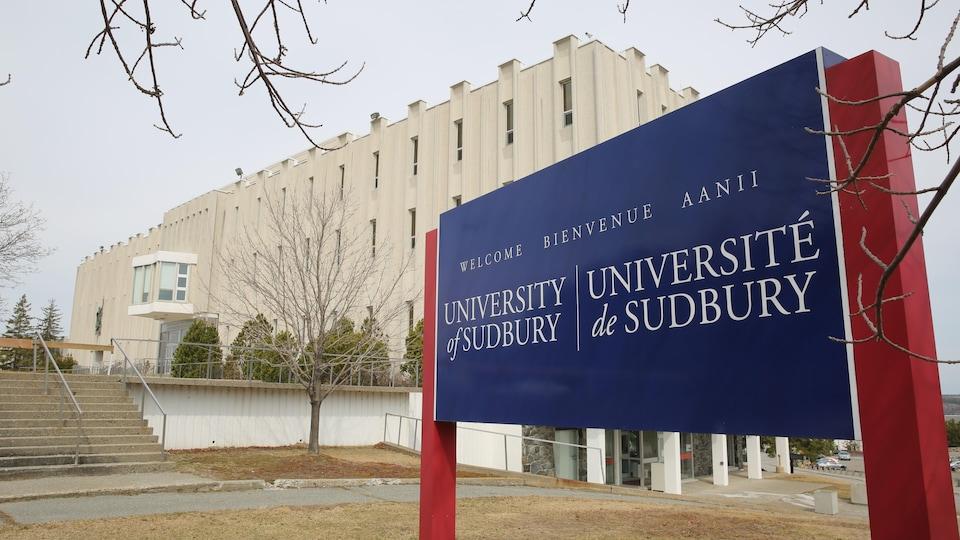 L'Université de Sudbury.