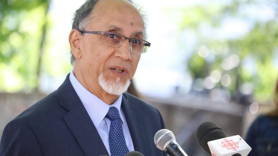 Boufeldja Benabdallah sera candidat dans le district Cap-aux-Diamants