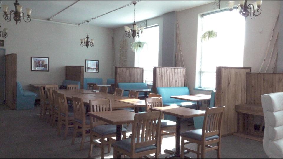 La salle à manger d'Hiawatha's.