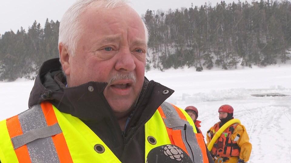 Richard Murphy, maire adjoint de Conception Bay South et pompier à la retraite.
