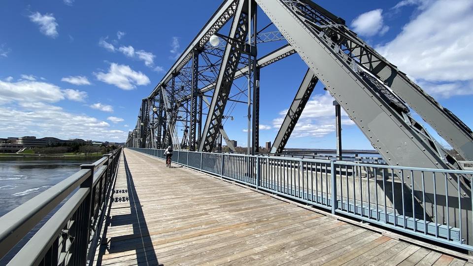 La structure du pont Alexandra.
