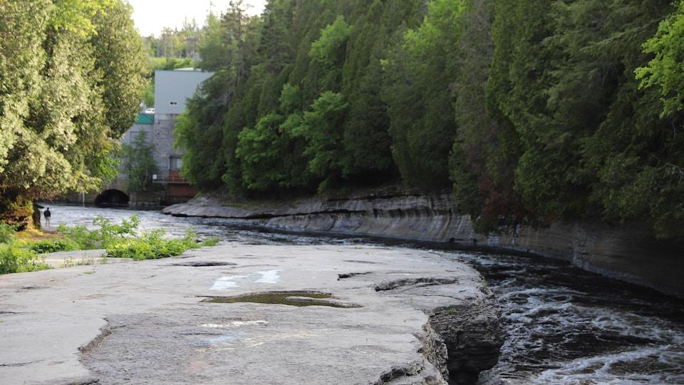 La rivière Jacques-Cartier.