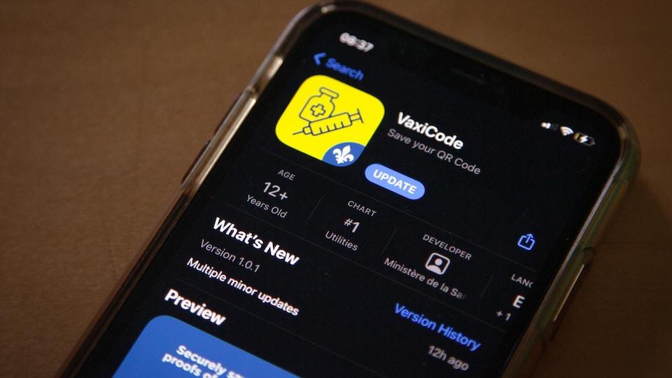 L'application VaxiCode sur un iPhone dans l'App Store.