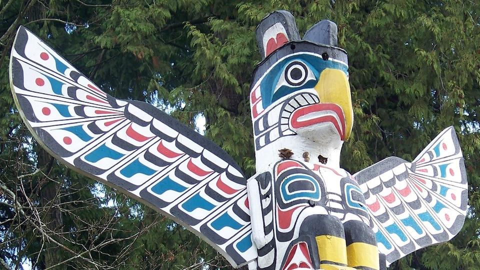 Un totem au parc Stanley de Vancouver