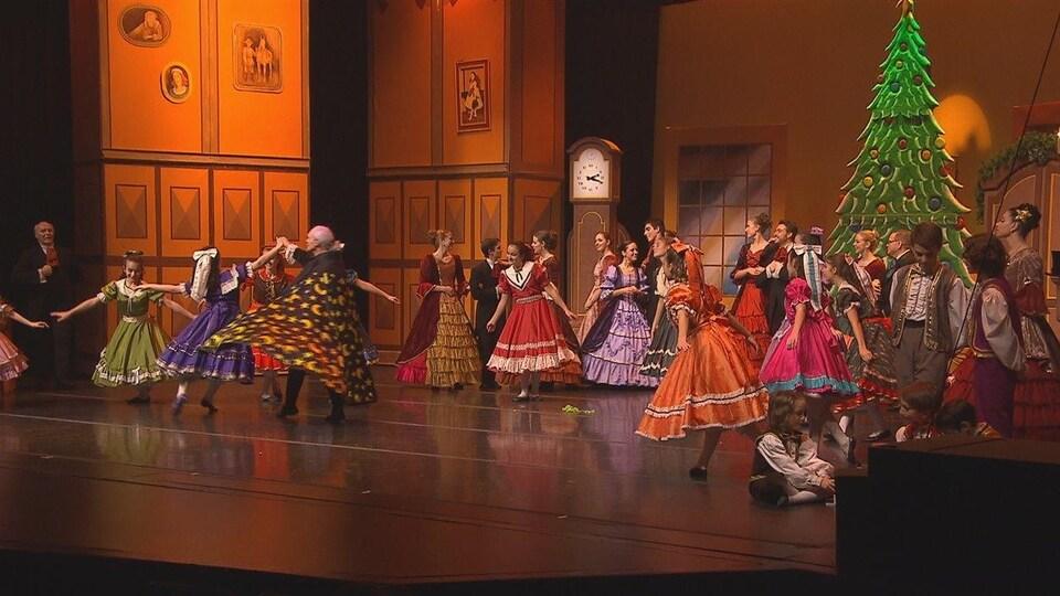 Une scène du ballet Casse-Noisette