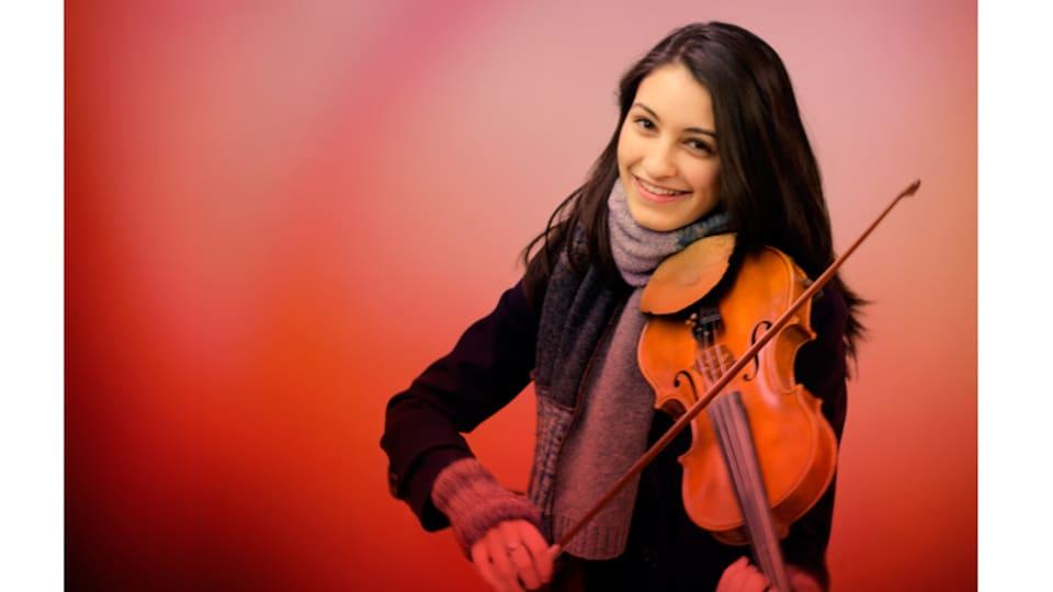 La violoniste Jocelyn Pettit de Colombie-Britannique.