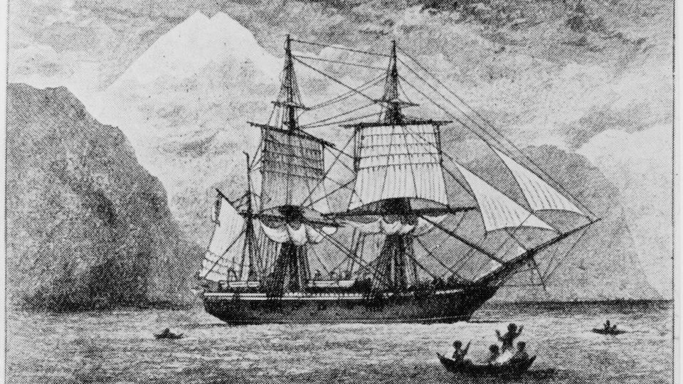 Dessin en noir et blanc du bateau à voiles ancré dans une baie.