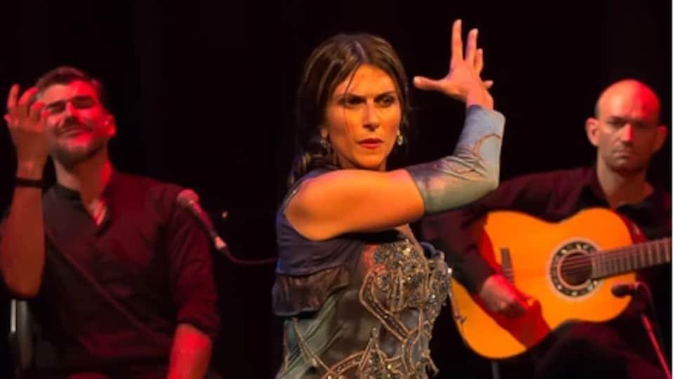 trois membres de la compagnie de danse Flamenco Borealis de Saskatoon.