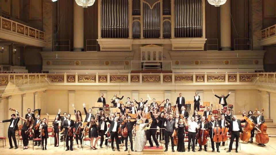 Le Syrian Expat Philarmonic Orchestra,l'orchestre philarmonique des expatriés syriens.