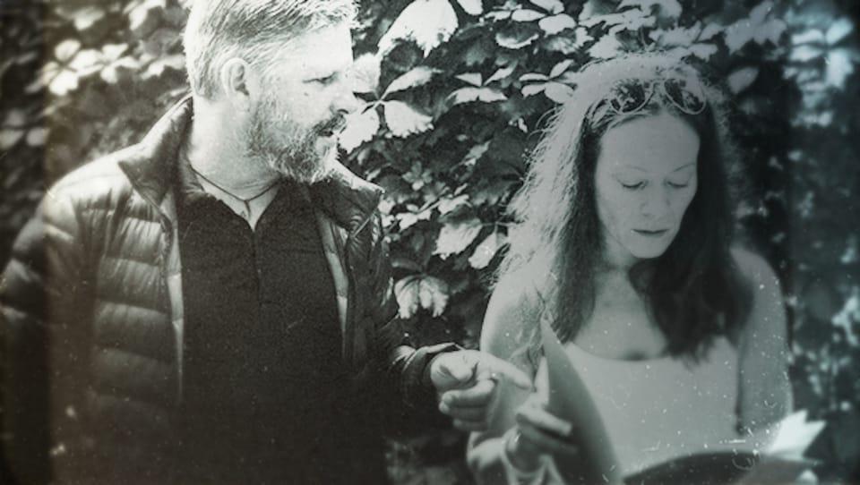 Stéphane Berthomet et Patricia Rochette, au cimetière où serait enterrée la noyée