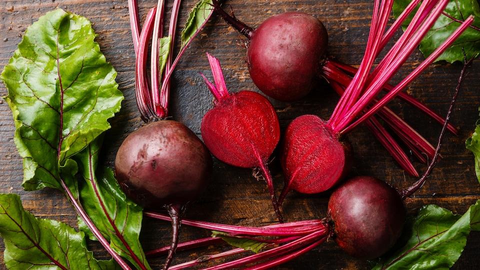Il faut éviter de râper de la betterave crue sur une salade, dit Anne-Marie Desbiens.