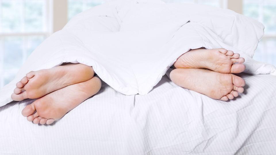 Le stress occasionné par la période des Fêtes peut avoir des répercussions sur la vie sexuelle d'un couple.