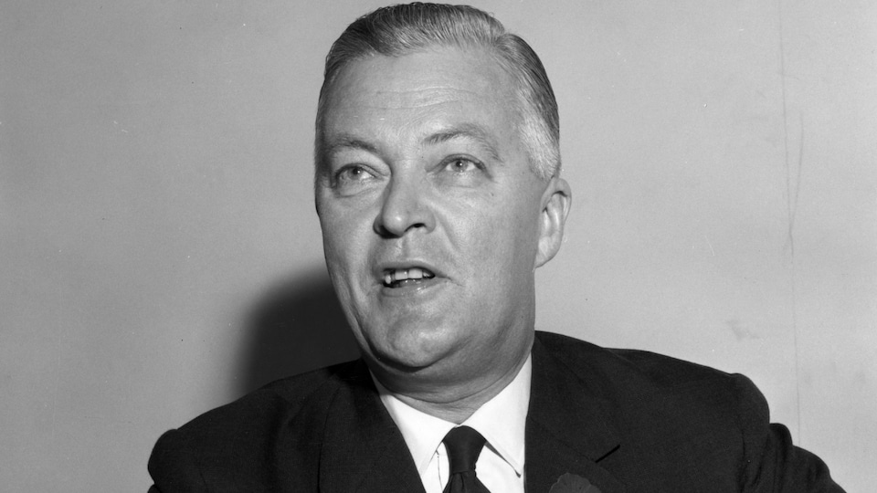 Le chef du Parti libéral Jean Lesage, photographié le 11 novembre 1962