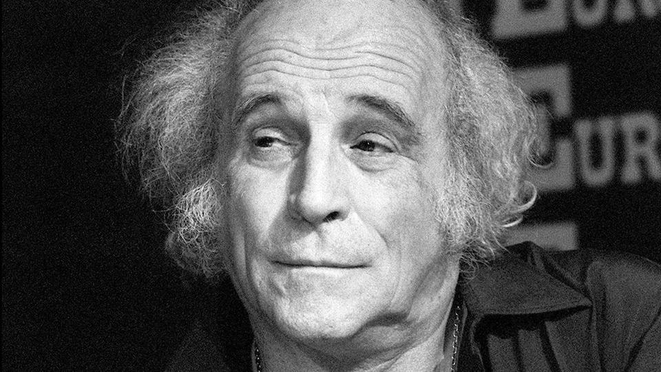 Léo Ferré le 7 décembre 1982 lors d'une entrevue | ©AFP/Guiremand