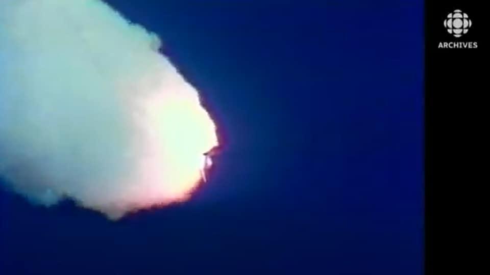 La navette Challenger en plein vol juste avant son explosion le 28 janvier 1986