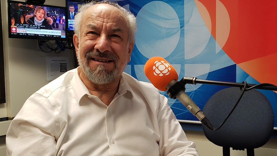 Giuseppe Benedetto face à la caméra