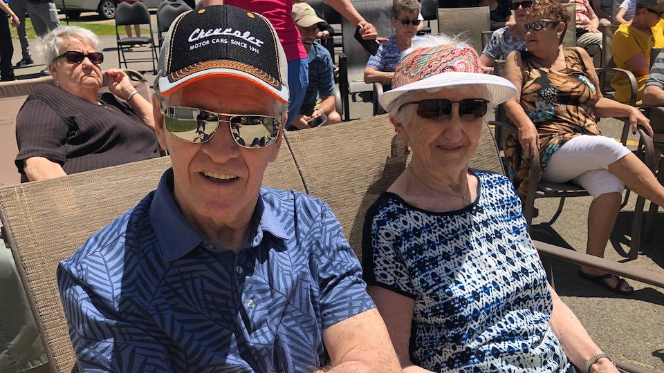 Dollar et Rita Melanson souligne leur 60 e anniversaire de mariage le 1er juillet.