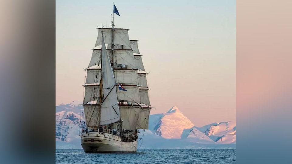 Le voilier néerlandais Bark Europa