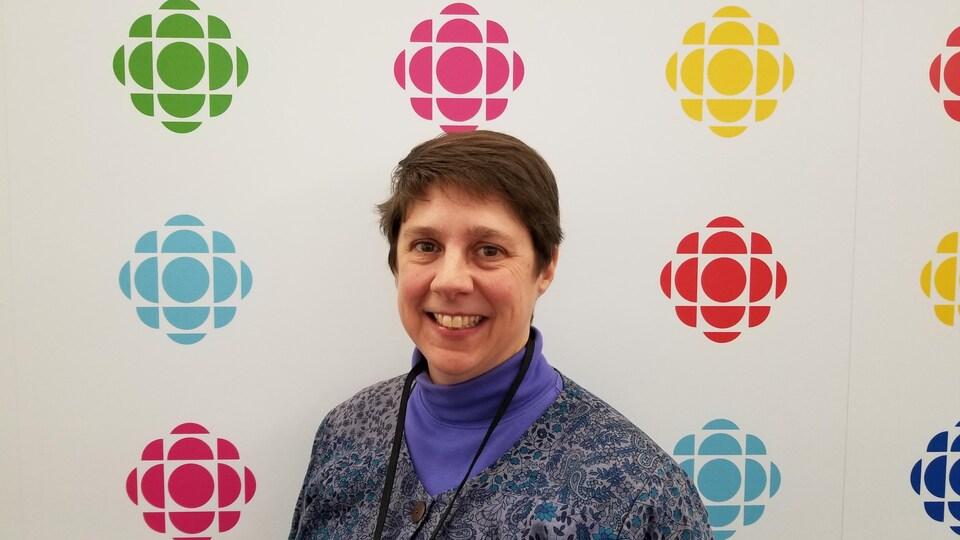 Naomi Nagy en entrevue à Radio-Canada à Toronto