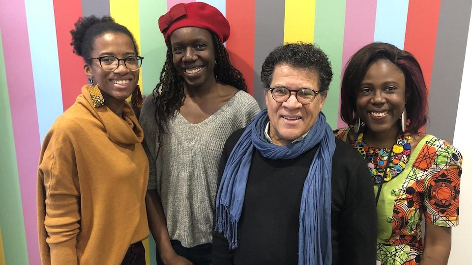 Alison Vicrobeck, Stella Isaac, Gabriel Osson et Nancy Banyong aux studios d'ICI Toronto.