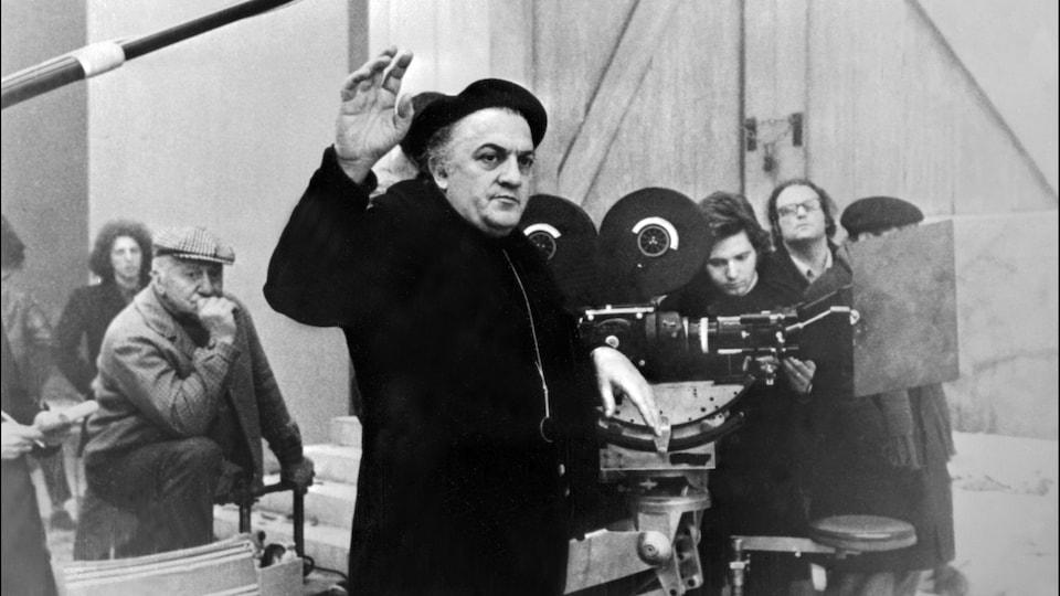 Le réalisateur italien Federico Fellini
