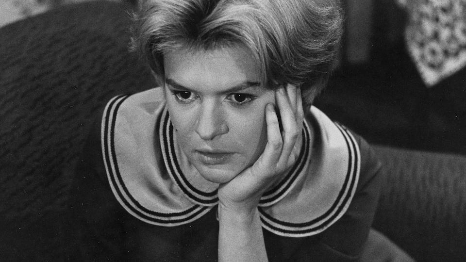 Luce Guilbeault dans Demain dimanche, en 1958.