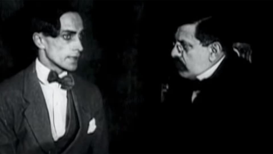 Magnus Hirschfeld dans le film Différent des autres (1919).