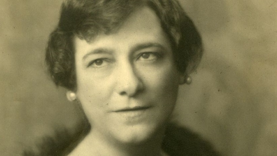 Portrait d'Idola Saint-Jean