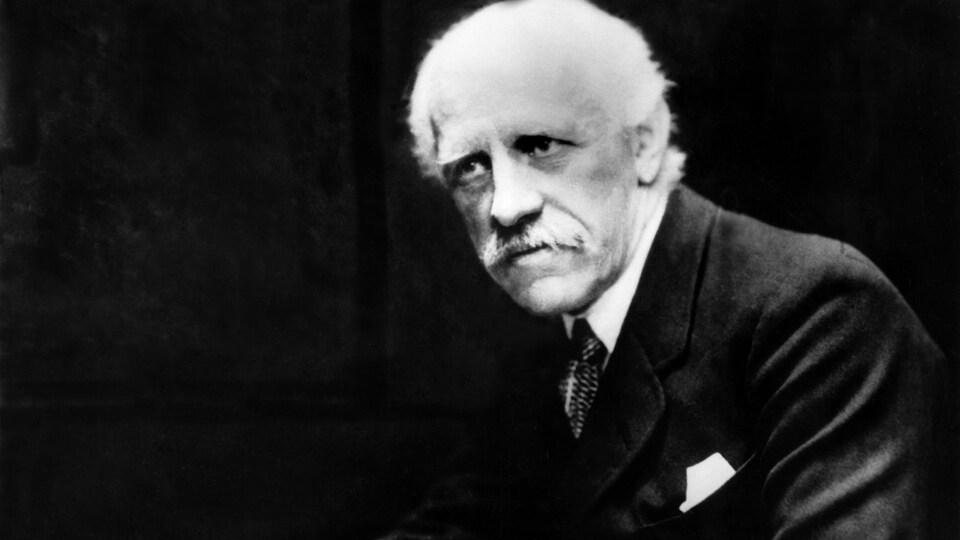 Portrait du scientifique et diplomate Fridtjof Nansen.