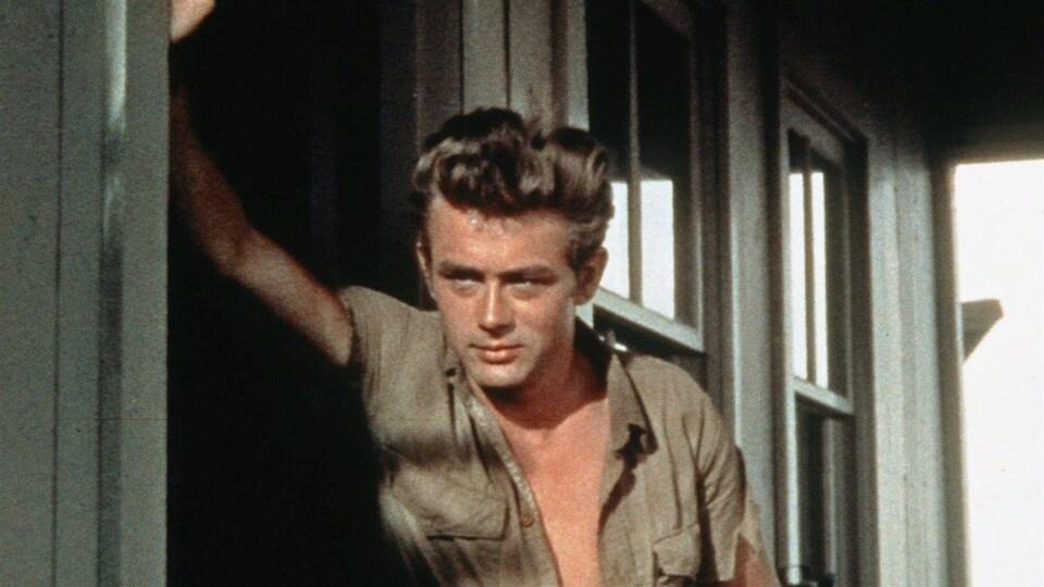 James Dean dans le film « Géant », en 1956.