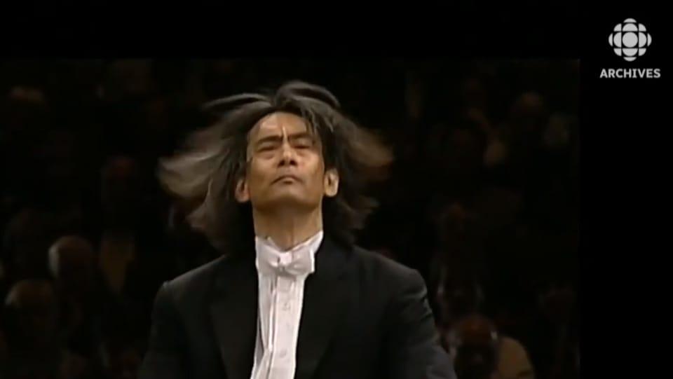 Image de Kent Nagano dirigeant lors de son concert inaugural de l'OSM.