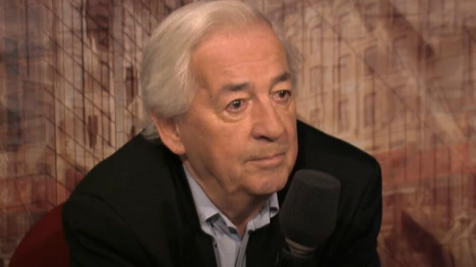 Photo de Jacques Lacoursière en 2012.