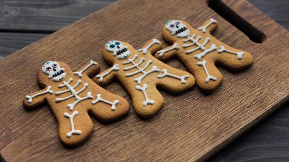 Biscuits en forme de squelettes