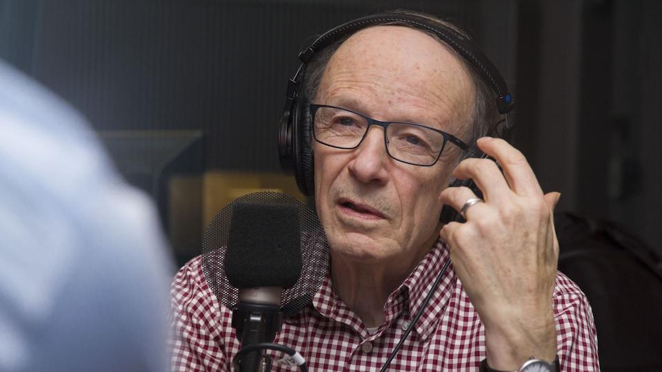 L'économiste Pierre Fortin dans nos studios.
