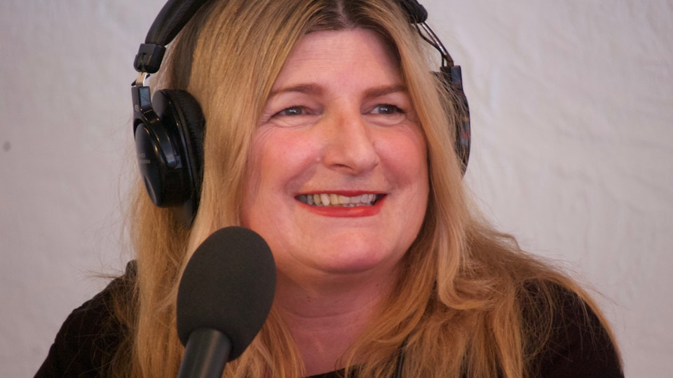 Marie-France Bazzo en entrevue à On n'est pas sorti de l'auberge