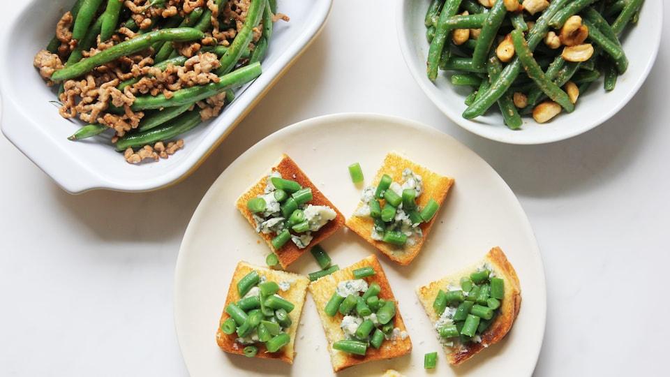 Photo de 3 plats : haricots verts au wok, brioche dorée au fromage bleu et haricots verts et haricots verts à la sauce miso.