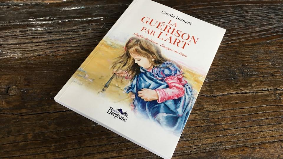 Le livre 'La guérison par l'art' de Carole Bennett