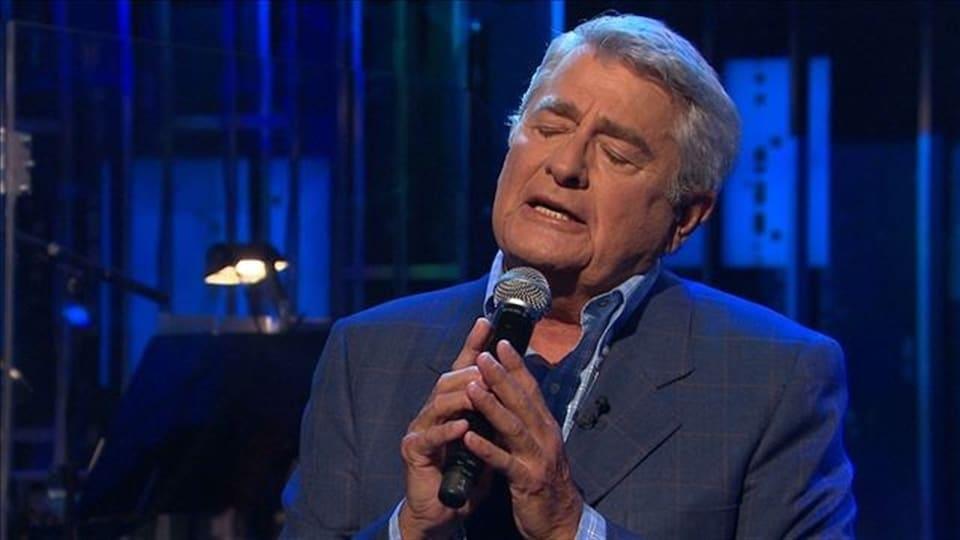 Le chanteur Michel Louvain
