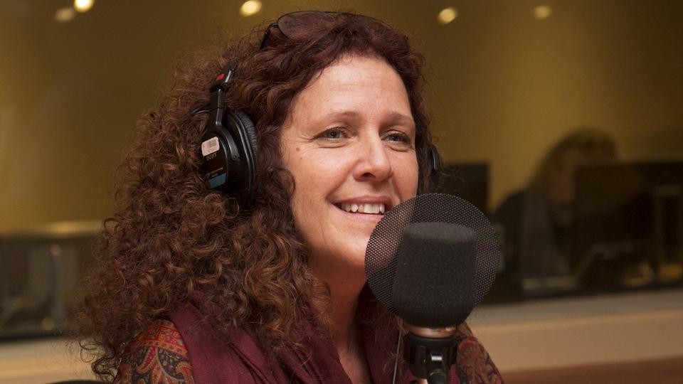 Angel Forrest au studio 18 de Radio-Canada, à Montréal, le 27 novembre 2017