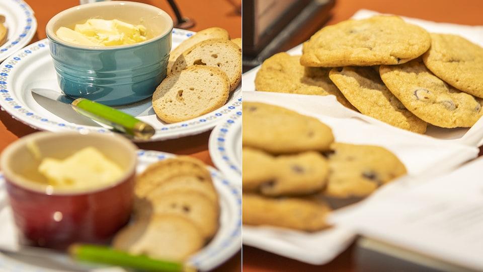 Des échantillons de beurre et de biscuits.