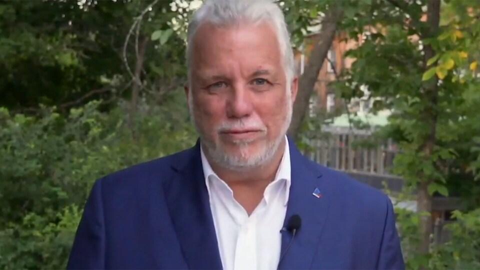 Le premier ministre sortant Philippe Couillard dans une publicité du Parti libéral du Québec pour la campagne électorale provinciale 2018.