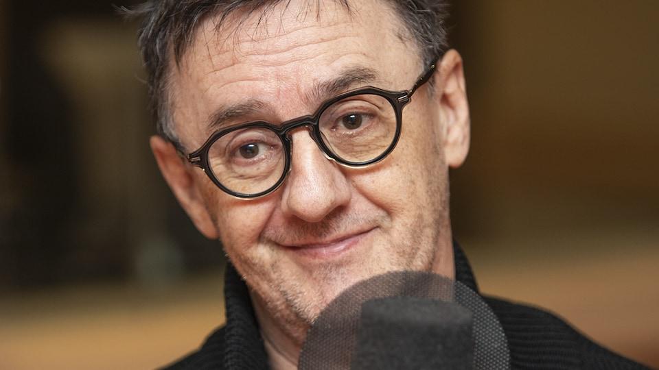 René-Richard Cyr au micro de Catherine Perrin.