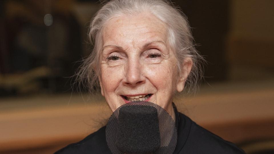Muriel Dutil au micro de Catherine Perrin.