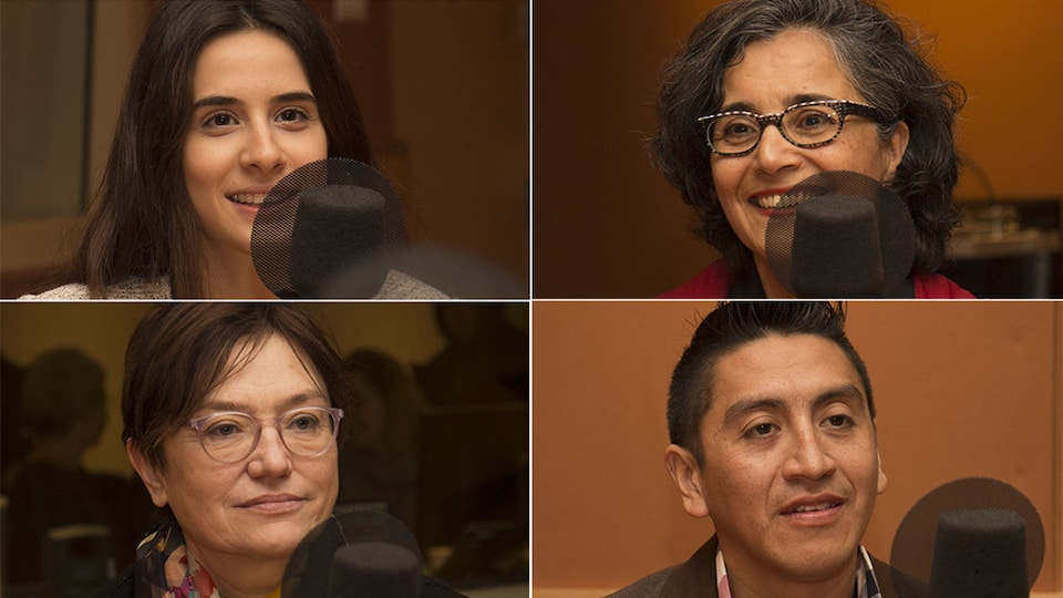 Sandra Bdewy, Amina Benrhazi, Ségolène Roederer et Leonardo Avila Fuentes au studio 18 de Radio-Canada, à Montréal