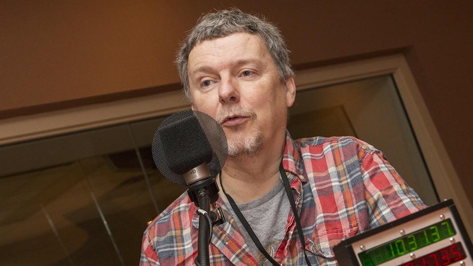 Michel Gondry au micro de Catherine Perrin
