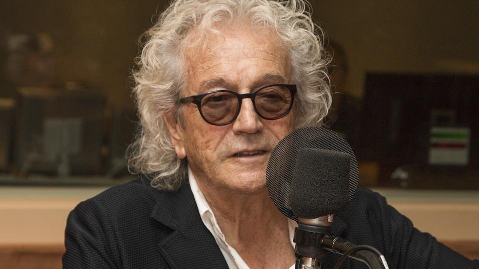 Luc Plamondon au micro de Stéphan Bureau.