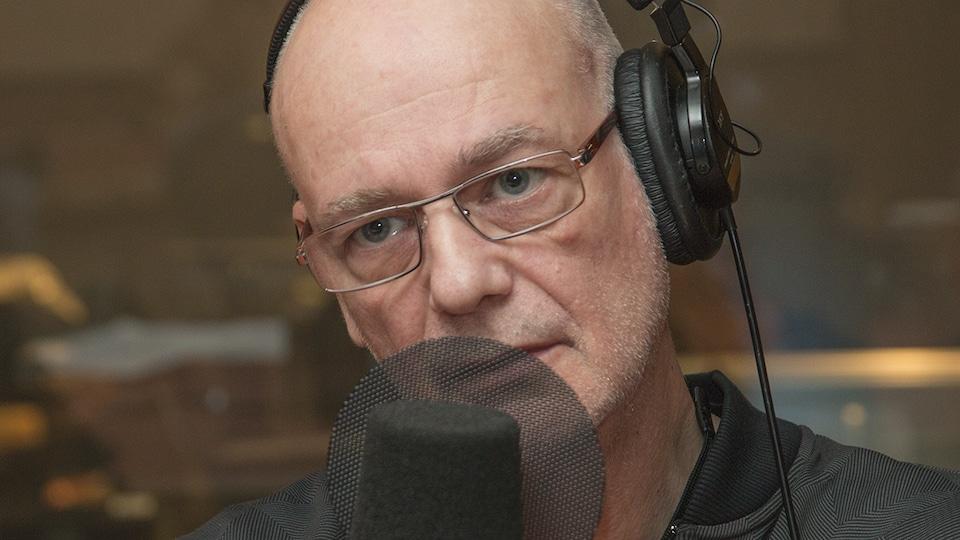 Claude Rajotte au micro de Catherine Perrin.