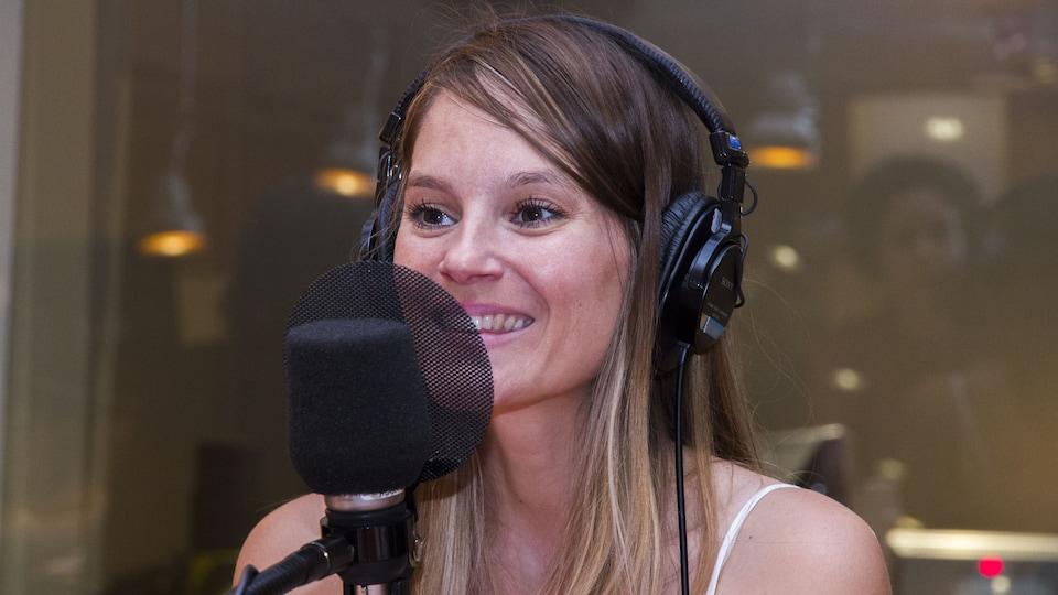 L'auteure et chanteuse Stéphanie Lapointe