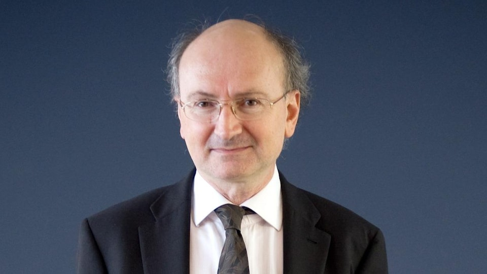 Le journaliste et auteur Éric Fottorino.