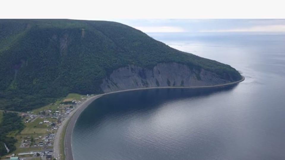 Le village de Mont-St-Pierre vu de haut